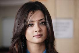 Surveen Chawla HD Wallpapers - 2014-latest-hd-pics-of-surveen-chawla-9619