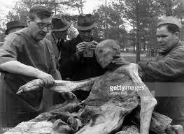 「1943年 - カティンの森事件」の画像検索結果