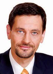 Dr. Nagy Gábor Tamás. Dr. Nagy Gábor Tamás. 1960. október 8-án született Budapesten. Nős, egy leánygyermek édesapja. 1979-ben érettségizett a Kölcsey Ferenc ... - 1976