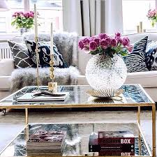 5 key pieces for a chic coffee table chic living room