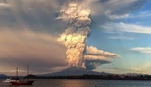 Resultado de imagen para erupciones volcan calbuco  2015