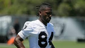 Antonio Brown left practice field as soon as Raiders put on helmets
