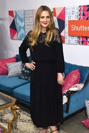 best ideas about importance of voting drew barrymore is passionately teaching her daughters the importance of voting