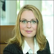 <b>Claudia Kemfert</b> Solarthemen 290: Prof. Dr. <b>Claudia Kemfert</b> leitet die <b>...</b> - claudiakemfert