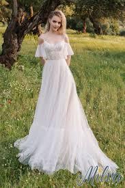 Свадебное платье с рукавами-крылышками в Новосибирске