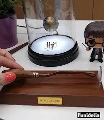 Funidelia - <b>Harry Potter Levitating Broomstick</b> Pen | Facebook
