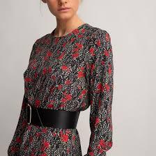 <b>Платье</b> короткое <b>прямое</b> с длинными рукавами рисунок/фон ...