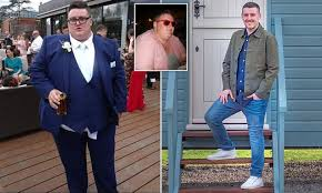 Obese <b>man</b> who lost 16 stone is crowned <b>Slimming</b> World's Mr Sleek ...