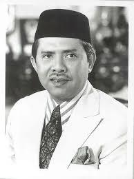 Tengku Ahmad Rithauddeen Al-Haj Tengku Ismail 13 August 1975 - 16 July 1981 17 July 1984 - 10 August 1986 - image_gallery%3Fuuid%3D8a8be7ef-1e25-4fb4-97f8-e23a18278a8e%26groupId%3D11038%26t%3D1257176968906