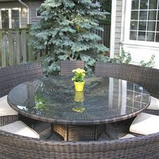 outdoor wicker seater dining
