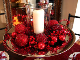 cheap christmas decor: decorating diy living room table christmas decoration over the ceramic plate red balls on plate