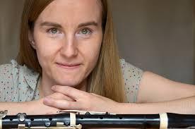 Anne Pustlauk is assistente van Barthold Kuijken en Frank Theuns aan het KCB ...