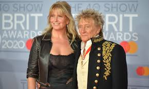 Penny Lancaster and <b>Rod Stewart</b> welcome cute fluffy addition to ...
