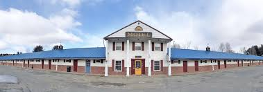 Colonial Valley Motel in Farmington, ME   Reserve Your Room