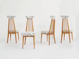 <b>6</b> Elegant <b>Dining Chairs</b> – Demosmobilia