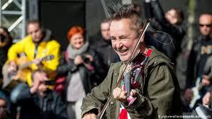 The classical music pop star: <b>Nigel Kennedy</b> at 60 | Music | DW ...