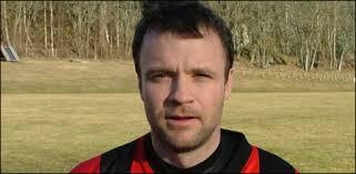 Matchvinnare blev Jonas Söderlund som nickade in segermålet på tilläggstid. - 2005xxxx_soderlund