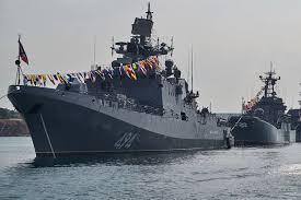 "Фрегат <b>ЧФ</b> ""Адмирал Григорович"" вышел из дока после ремонта ..."