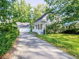 Farmington Real Estate - Farmington ME Homes For Sale | Zillow