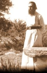 Imagini pentru parintele arsenie boca INEDIT