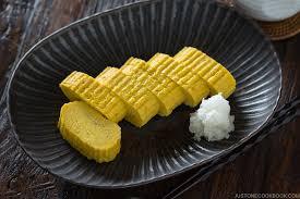 Tamagoyaki (Japanese Rolled Omelette) 玉子焼き • Just One ...
