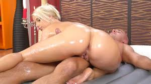 <b>Секс</b> и <b>боди</b> массаж с окончанием на лицо блондинки ...