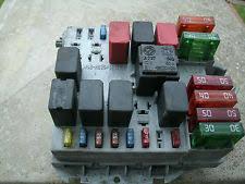 alfa romeo 147 fuses fuse boxes alfa romeo 147 1 6 2 0 16v petro semi auto fuse box fusebox