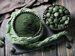 10 Health Benefits of <b>Spirulina</b>