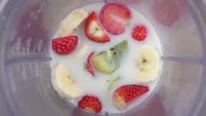 Fruit Mixing Into <b>Blender Seen</b>: стоковые видео (без ...