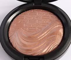 <b>MAC</b> Cosmetics <b>Superb</b> Extra Dimension Skinfinish reviews, photos ...