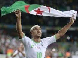 من هو  فائز بالكرة الذهبية الجزائرية برايك...................... images?q=tbn:ANd9GcT