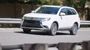 <b>2016 Mitsubishi Outlander</b> Review - AutoNation - YouTube
