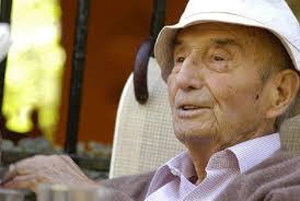 El escritor Jose Antonio Muñoz Rojas. | elmundo.es. Cristóbal G. Montilla | Málaga. Actualizado viernes 09/10/2009 12:58 horas - 1255026094_0