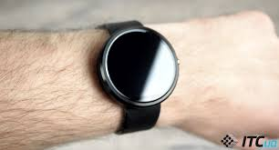 Обзор <b>умных часов Motorola</b> Moto 360 - ITC.ua