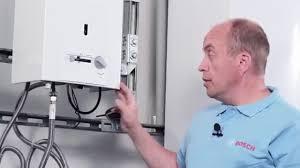 <b>Газовая колонка Bosch</b> Therm 4000 О <b>WR</b> 10-2P (обзор + ...