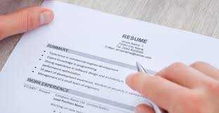 how to write a perfect graduate résumé in  steps    gradsingapore coma well written résumé will highlight your career interests  relevant skills  and work experience in