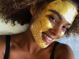 The <b>24K Gold Facial</b> Top Models Swear By - theFashionSpot