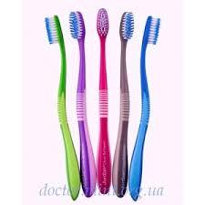 <b>Зубная щетка Jordan</b> Clean Between | Отзывы покупателей