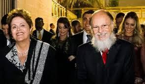 Resultado de imagem para Dilma na igreja evangelica