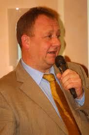 <b>Edwin Schuster</b> als Regionalsprecher der Württemberger Pferdezüchter <b>...</b> - E42F7518_512x768