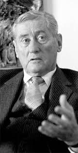 """Reinhard Göweil. Hannes Androsch war 1970 als Finanzminister nicht Kreiskys erste Wahl. Der damalige Wiener Bürgermeister Slavik sagte: """"Du hast eh den ... - Kreisky-Reformen"""
