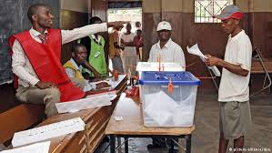 Resultado de imagem para votação moçambique