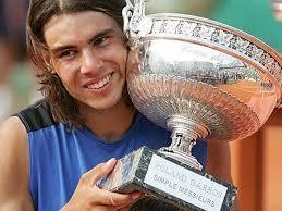 Roland Garros 2007. Fue uno de los mejores torneos que ha disputado el jugador balear hasta la fecha. Nadal fue pasando ronda tras ronda sin ningún problema ... - roland-garros-2006