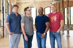 <b>Hootie</b> & the <b>Blowfish</b> Reveals 'Imperfect Circle' Track List: Exclusive ...