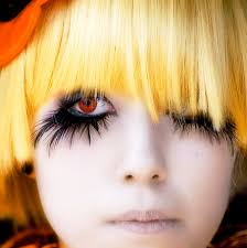 the dark eyes are a must need to be scary and y and i want big feather eyelashes why because i can not sure just yet about the lipstick