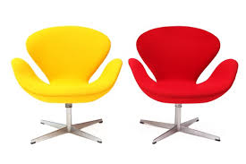pair of swan chairs by arne jacobsen red modern furniture arne jacobsen furniture