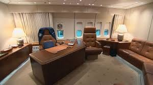 inside air force one presidents office air force 1 office