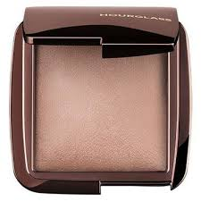 <b>Hourglass</b> Cosmetics <b>Ambient Lighting</b> Powder - Dim Light reviews ...