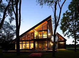 Small Lake House Plans With View        Small Home PlansCool Lake Home Designed Enjoy Views Create Art
