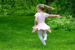 Resultado de imagem para jardim bailarina